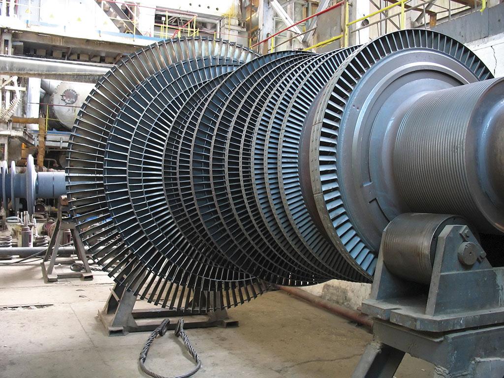 Chrániť takýto rotor parnej turbíny pri 3 000 ot/min je mimoriadne vážnou a zodpovednou úlohou.